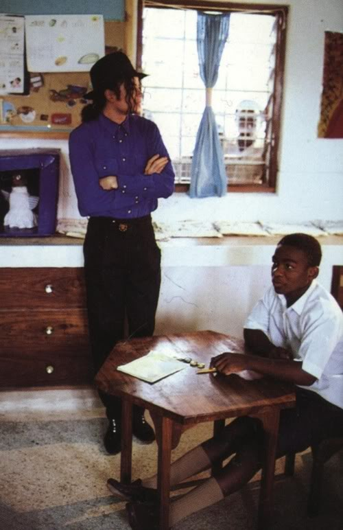http://www.michaeljacksonspictures.com/wp-content/gallery/pictures/michael-jackson-africa-school.jpg